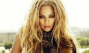 Γνωστή τραγουδίστρια αποκαλύπτει: «Θέλω να κάνω σεξ στο Λούβρο»