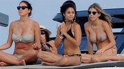 Vanessa Hudgens: Κάνει διακοπές με τις φίλες της στην Ιταλία