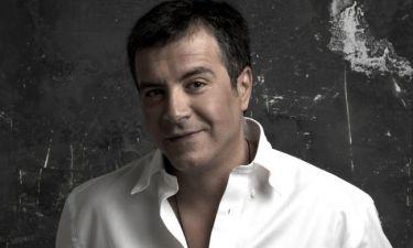 Σταύρος Θεοδωράκης: «Το καλοκαίρι μου αρέσει να περπατάω ξυπόλητος στα Χανιά»