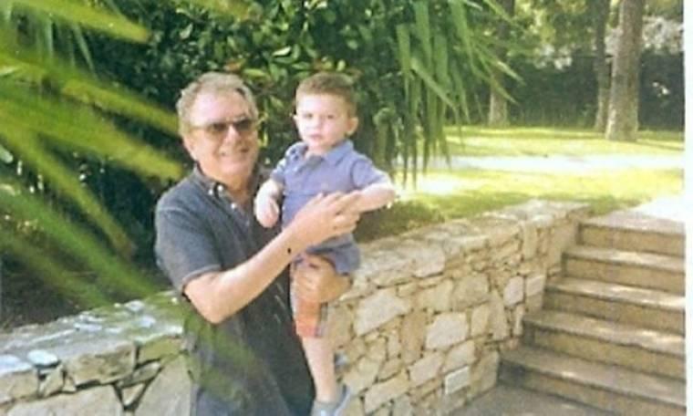 Ο Μανώλης Μητσιάς πήγε για τένις τον εγγονό του