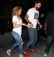Shakira-Pique: Ο σέξι χορός τους και τα παθιασμένα φιλιά!
