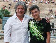 Γιάννης Βούρος: Δείτε πόσο του μοιάζει ο μικρός του γιος