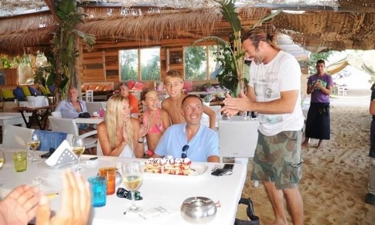 Τα οικογενειακά γενέθλια του Μίλαν Τόμιτς στην Μύκονο