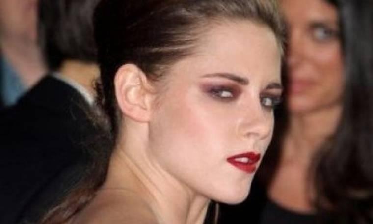 Kristen Stewart προς φωτογράφο: «Δεν αξίζεις να αναπνέεις τον ίδιο αέρα με μένα»!(video)