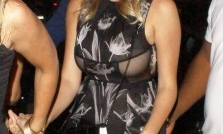 Μα τι φοράς; Ποιο supermodel εμφανίστηκε με αυτό το διάφανο φορεματάκι;