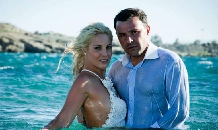 Ντόρα Κουτροκόη: «Με τον σύζυγό μου δοκιμαζόμαστε σε μια  χαρούμενη περίοδο καθώς το κλείσιμο της ΕΡΤ συνέπεσε χρονικά με την εγκυμοσύνη μου»