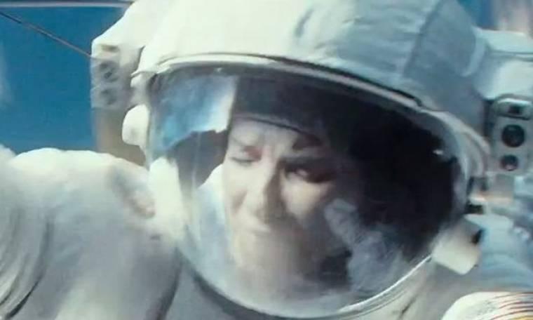 Η Sandra Bullock στην... NASA