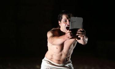Εντυπωσίασε το κοινό στο Λαύριο ο Σάκης Ρουβάς ως «Διόνυσος»!