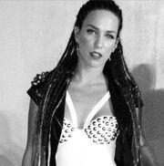 Κατερίνα Στικούδη-Νικολέτα Καρρά: Επιδημία… ράστα