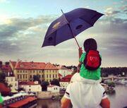 Εργκέντς-Κορέλ: Ταξίδι στην Πράγα