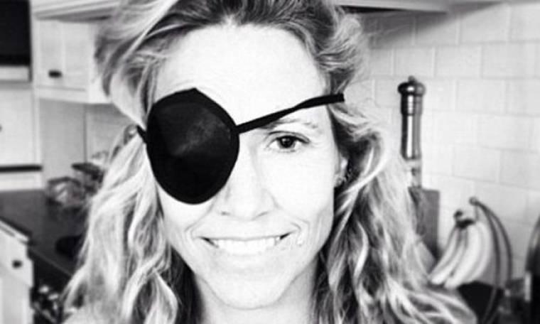 Cheryl Crow: Τραυματίστηκε με μπαλάκι στο μάτι!