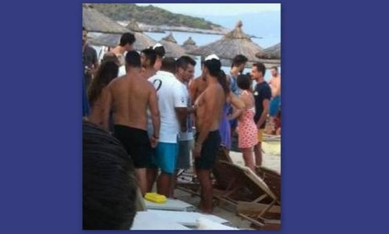 Αποκλειστικό Παπαράτσι: Δείτε το Νίκο Βέρτη στη Χαλκιδική να «ψήνει» την Αποστολία Ζώη (Nassos blog)