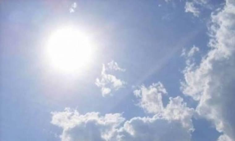 Ηλιοφάνεια με τοπικές βροχές και καταιγίδες