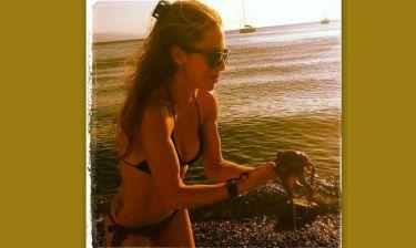 Η Ντορέττα Παπαδημητρίου, το «καυτό» μπικίνι της και το χταπόδι!