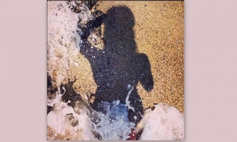 Σε ποια ανήκει η σκιά;