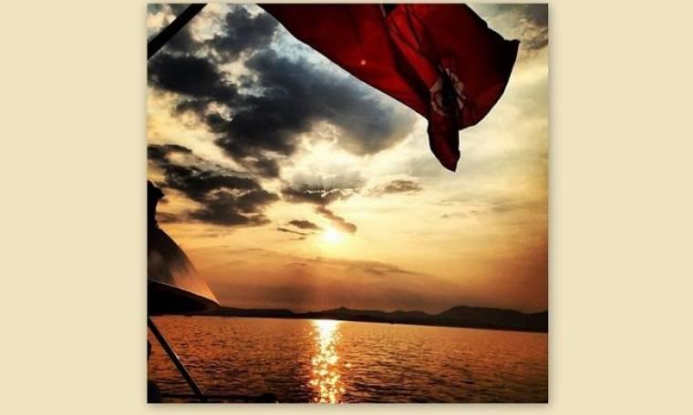 Ποιος απολαμβάνει αυτό το ηλιοβασίλεμα;