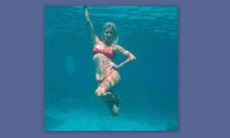 """Μετά την Μενεγάκη και η Αραβανή """"τρελάθηκε"""" με τις υποβρύχιες φωτογραφίες!"""