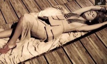 Το σέξι λίκνισμα της Σάλτη στο νέο της video clip