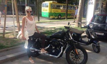 """Τζούλια Αλεξανδράτου: Το """"κορμί"""" επέστρεψε στη Βιέννη! (φωτό)"""