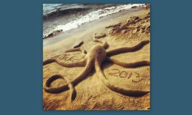 Κι έχτισε χταπόδια με νερό και άμμο
