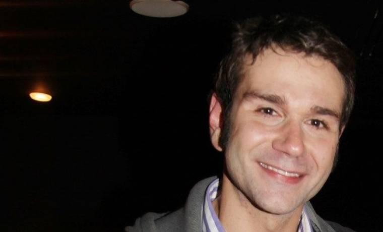 Τάσος Ιορδανίδης: «Η μοναχικότητά μου εμπεριέχει και την οικογένειά μου»