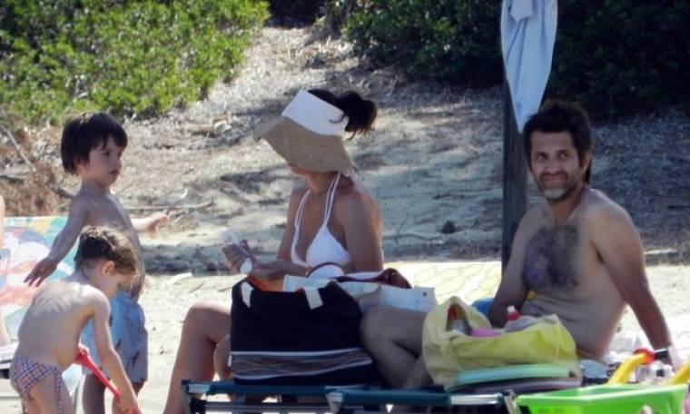 Φοίβος: Οικογενειακές διακοπές στην Σκιάθο!