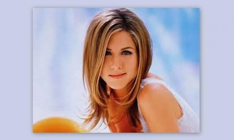 Jennifer Aniston: «Δεν αισθάνομαι άνετα όταν με ρωτάνε για την προσωπική μου ζωή»