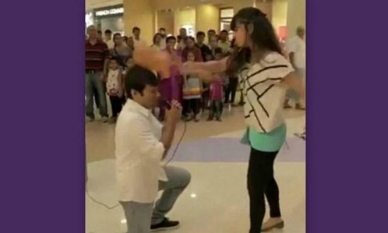 Δείτε πως μια πρόταση γάμου καταλήγει σε καταστροφή (video)