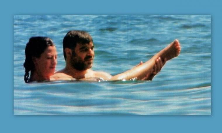 Βαξεβάνης-Μερκούρη: Αγκαλιασμένοι ακόμα και στην θάλασσα