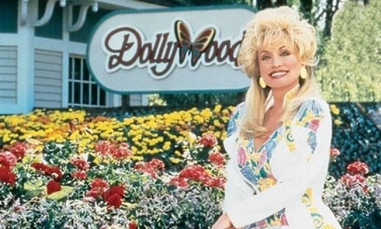 Ντόλι Πάρτον: Επένδυση 300 εκατ. δολαρίων στο θεματικό της πάρκο