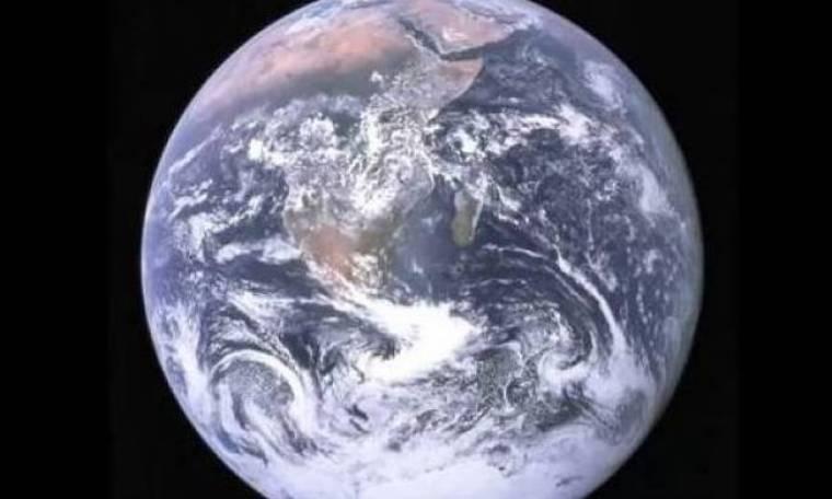 Τι θα συνέβαινε αν όλοι οι άνθρωποι στη Γη χοροπηδούσαν ταυτόχρονα