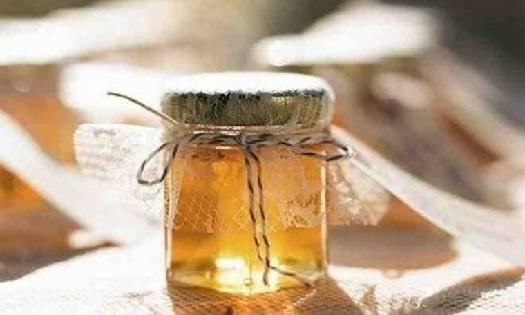 Φτιάξτο μόνη σου: 2 τέλειες μάσκες με μέλι για μετά τις διακοπές!