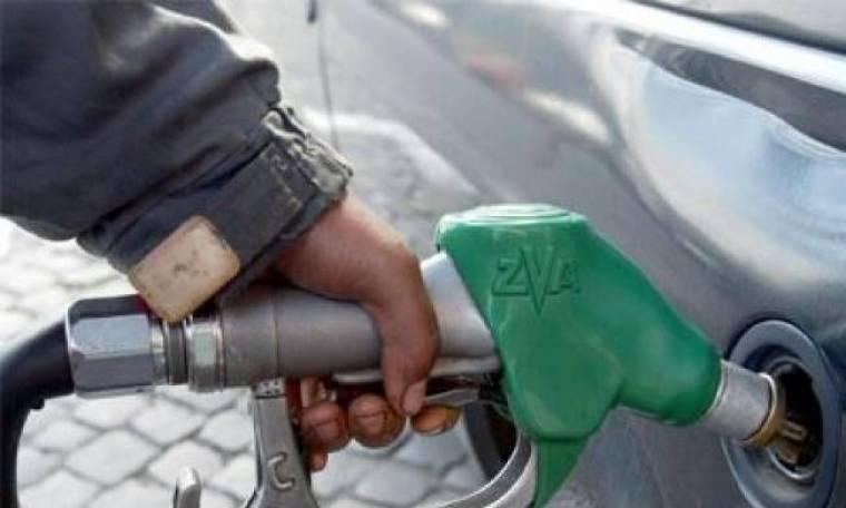 Ανεβαίνει επικίνδυνα και πάλι η τιμή της βενζίνης