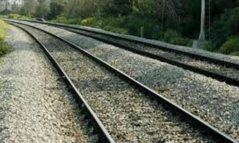 Αυτοκτονία στη Θεσσαλονίκη:Έβαλε το κεφάλι της στις γραμμές του τρένου