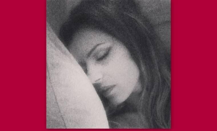 Η Χριστίνα Κολέτσα κοιμάται και η… τύχη της δουλεύει!