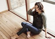 Kelly Brook: Λανσάρει την προσωπική της σειρά ρούχων