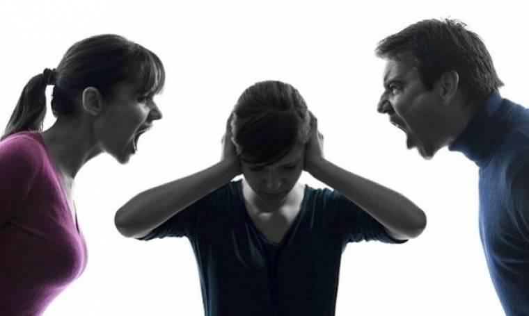 Γονείς μη φωνάζετε στα παιδιά σας! Κάνετε τα πράγματα χειρότερα...