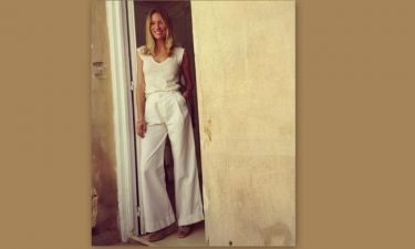 Βίκυ Καγιά: Ντυμένη στα λευκά και δίχως ίχνος μακιγιάζ!