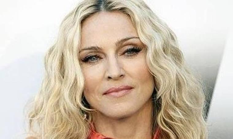 Το νέο πολιτικό μήνυμα της Madonna: «Αμερική μείνε έξω από τη Συρία. Για το καλό της ανθρωπότητας»