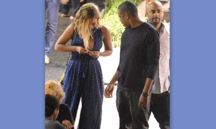 Beyonce: «Μάχη» με το σουτιέν της!