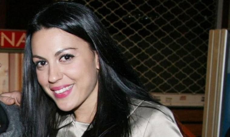 Άννα Μενενάκου: «Ο Σάκης είναι εξαιρετικός, «στρατιώτης» στη δουλειά!»