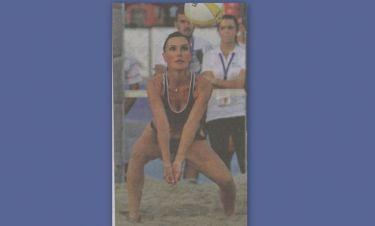 Βίκυ Χατζηβασιλείου: «Έμειναν άφωνοι» στη ΔΕΘ με το αποκαλυπτικό αθλητικό outfit