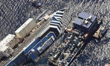 Συγκλονιστικές εικόνες του Costa Concordia πριν την ανέλκυση (vid)