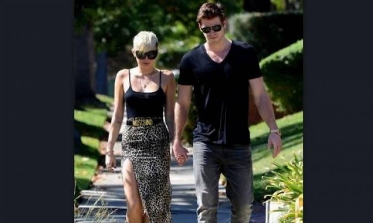 Mε ποια διάσημη κυρία λέγεται ότι ο Liam Hemsworth κερατώνει την Miley Cyrus;