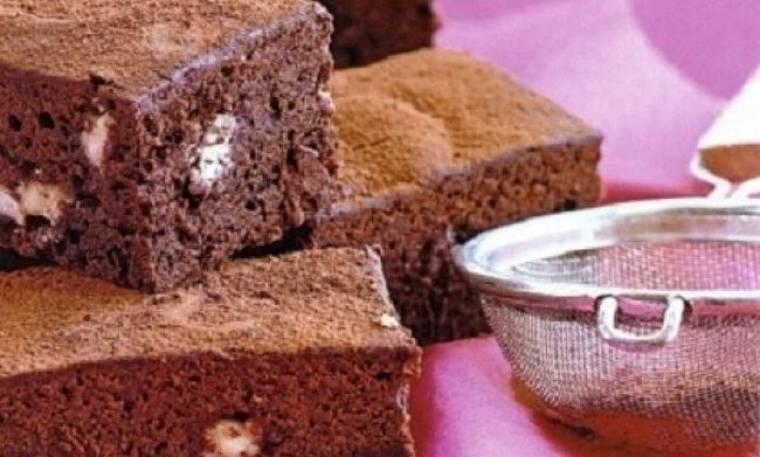 Brownies λευκής και σκούρας σοκολάτας