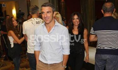 Αλαφούζος- Γουλιελμάκη: Δείτε πως η ηθοποιός αποφεύγει τον πρώην άντρα της… επιδεικτικά! (Nassos blog)