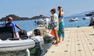 Ανδρέας Τσαβλίρης: Συνεχίζει τις διακοπές του στην Μύκονο
