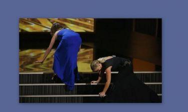 Βραβεία Emmy 2013: Ανέβηκαν στη σκηνή και παραπάτησαν