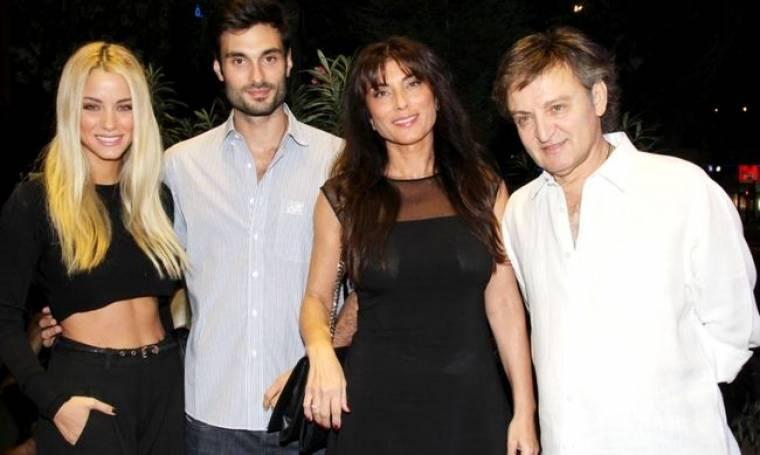 Μια… οικογενειακή φωτογραφία