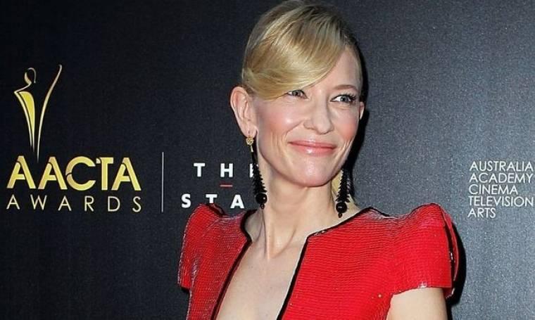 Cate Blanchett: «Δεν νιώθω όμως ότι έχω θυσιάσει οτιδήποτε αφού έχω καταφέρει να κάνω αξιόλογες δουλειές»